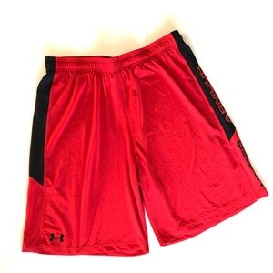 Under Armor Heatgear Loose Red Athletic Shorts